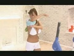 Asian Japanese AV teen model Hitomi Tanaka gets bouncy in the gym