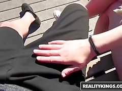 RealityKings - Sokak BlowJobs - Bruce Girişim Kobi Brian -