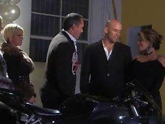 Gia Paloma è cazzo con il motociclista