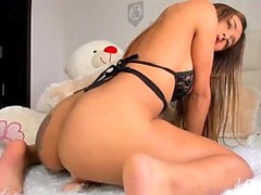 amateur creamyexotica flashing boobs on live webcam