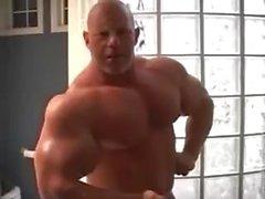 Muscle Dude - No Cum