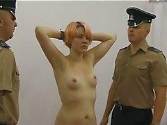 Delinquentes Unido Stripsearched