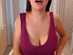 Super sexy dai capelli lunghi polacco Striptease e masturbarsi