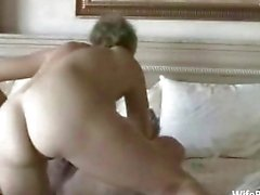 Älteren Amateur Paar genießt Sex zu Hause