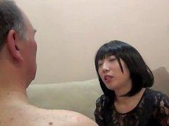 Asya Kötü Kızlar - Bayan Kiko Aşağılayıcı Yüz tokat attı