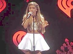 Di Ariana Grande - Minigonna Concerto Filmati