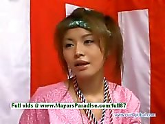 Yuzuru Japanese inocência beleza chinês está falando sobre do sexo