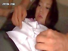 Apelando asiático aluna recebe ativos brincou em 3some