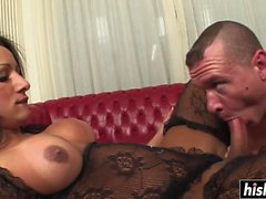 Kinky shemale bangs a naughty guy