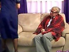 Il vecchio bisogno di buone stroking