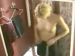 bomba ragazza elegante nuda a changeroom