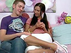 Russische Teen Paar Genießt Einander