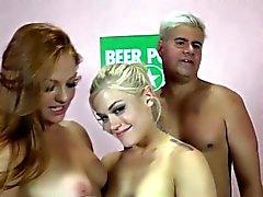 Pornstar rimjob threesome