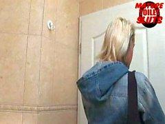 Mature toilet sluts-Malika