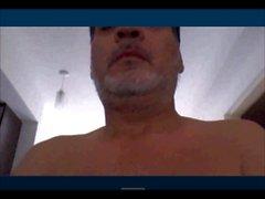Argentinian daddy wanking
