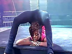 Sexy di Contortion dell'Africa - Ameman