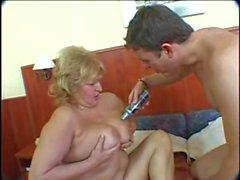 bbw stora tuttar saggy bröst farmor sex