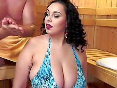 Spa Sex with Hot Curvy Lady