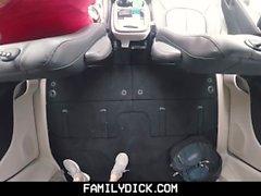 FamilyDick - Il pappagallo muscolare scopre ragazzo in auto per fumare