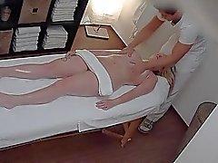 República Checa aceite para masajes y la cogida