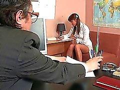 Fellations pour le professeur maturité