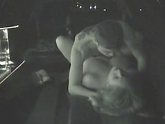 Anus démoli dans une limousine