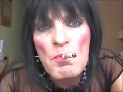 Donna Dee Off Her Tits On Poppers