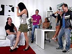 Swingers Orgy 6 - Scène 2