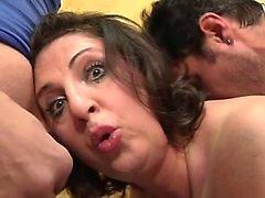 La osserva alla moglie Romina scopata un di gangbang