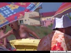 Grandes tetas bikini muchachas spycam playa voyeur de vídeo HD