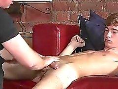Popoya Şaplak Schoolboy Jacob Daniels'ın eşcinsel bir film