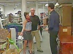 Duitse tiener geneukt in de winkel