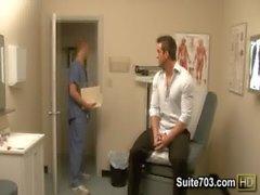 Médecin gays de Robbie examen de Phenix'_s fesses lieu de travail uniquement Suite703