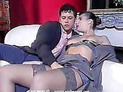 Maeva masturbazione