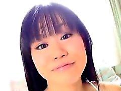 Ragazza sveglia Japanese In Biancheria Soft
