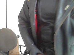 Moto en plastique baise en cuir