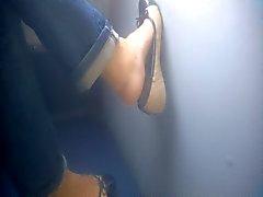 Откровенный Foot - милф - автобус - Ноги тридцать девять