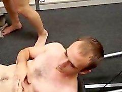 Muscles eau gros morceaux le sexe porn gaies première fois moins qu'il veut