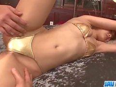 Suzuka Ishikawa yaramaz grup porno anları sürüyor