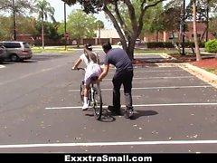 ExxxtraSmall - Симпатичная Байкер Learns To Ride петух
