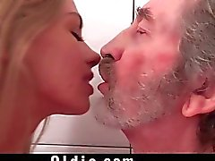 Belo de merda grandpa do Lolly Gartner