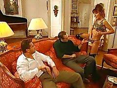 Jennifer Loca - Italiaanse Bitch geneukt door 2 guy