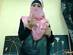 In Echt Shy arabische Frauen Blanke nur bei Cybersluts