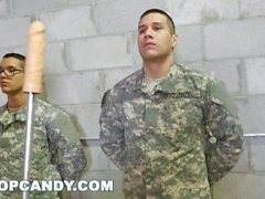Gay Drill Sergeant gibt gute Anal Training (tpc15426)