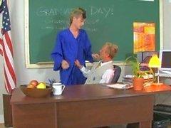 Taylor Öğretmeni üzerinde Crush İtiraf