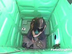 Porta Gloryhole tyttö 18 ja koskaan ennen nähty