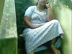 Sexy indiano de Kerala peituda Mostrar Cona Aunty