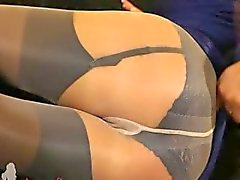 Fairhair in ongelooflijk nylon panty