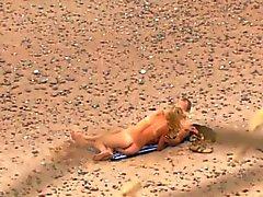 Voyeuring playa sexo de mi sobrina