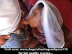 Иннокентия и Африки невесты секс втроем делала минет на два рогатые парни